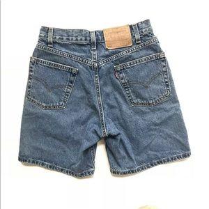 Vtg Levis 550 jean denim shorts made USA